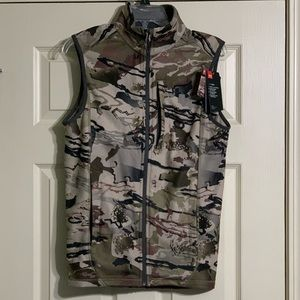 Under Armour Barren Camo Small ZIP Vest Coldgear